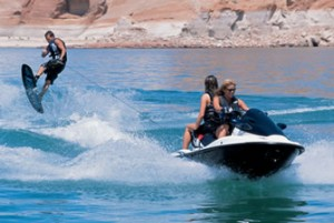 Tips for Water Skiing Behind your Jet Ski